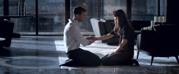 fifty-shades-darker-2.jpg