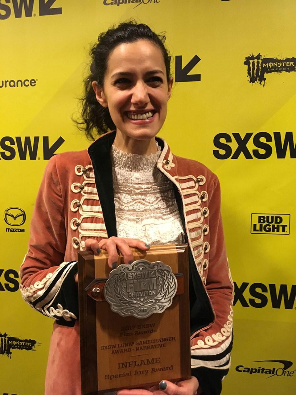 Ceylan Özgün Özçelik, ilk uzun metrajlı filmi ile LUNA Gamechanger Ödülü'ne layık görüldü.