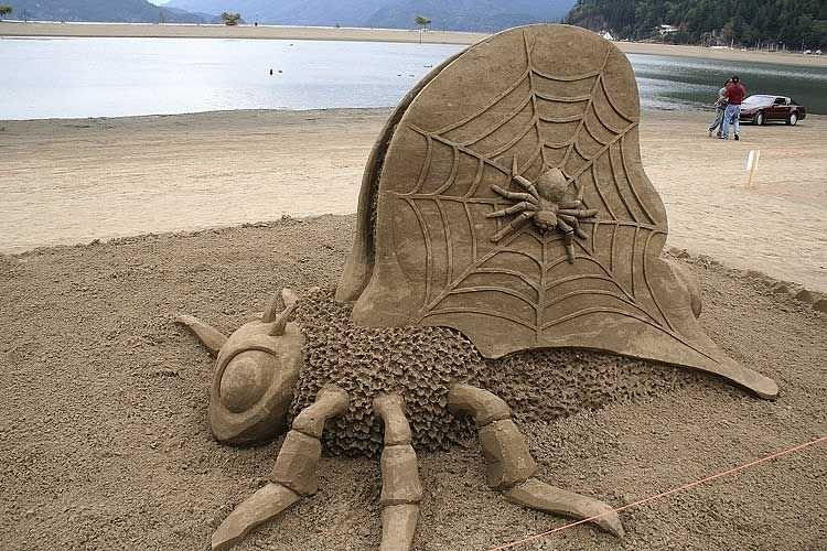Kumdan yaratılan harikalar