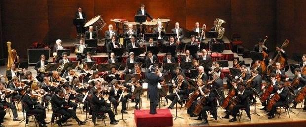 La Scala Filarmoni Orkestrası.jpg