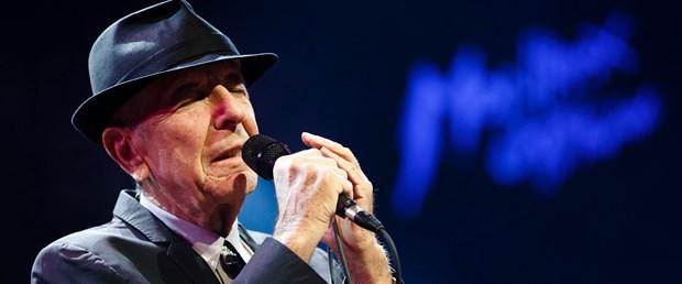 leonard-cohen-pioneering-voice-of-rock-and-folk-is-dead-at-82.jpg