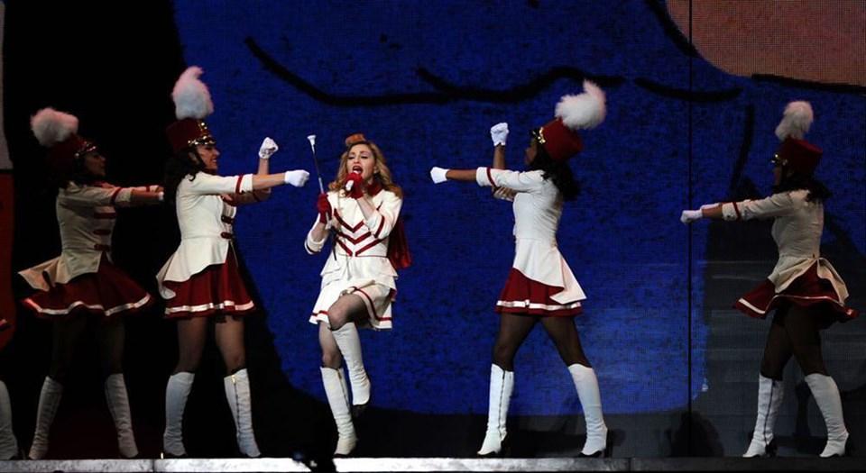 Madonna TT Arena'yı salladı