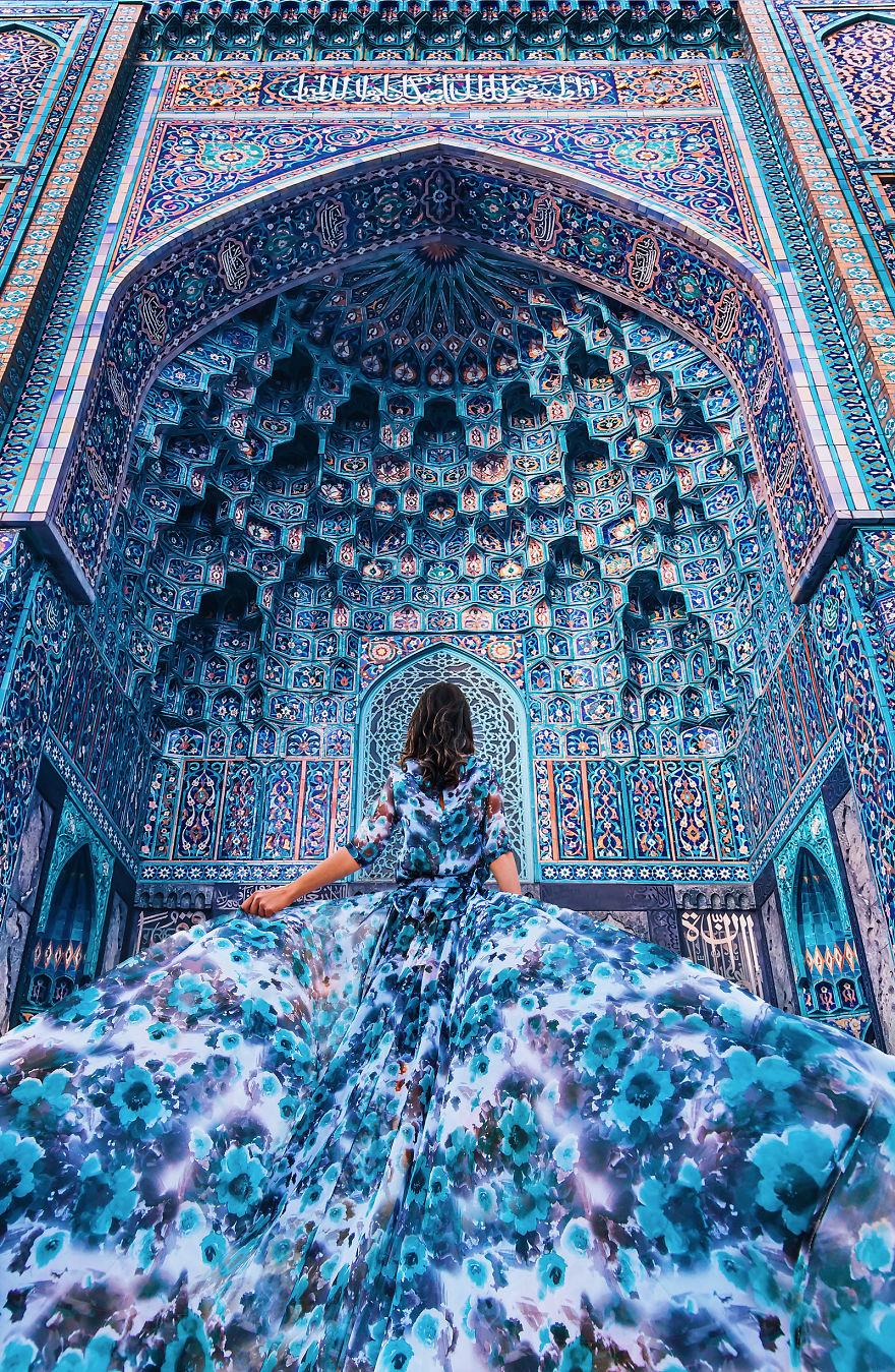 Mekan ve kostüm uyumundan doğan sihirli görüntüler