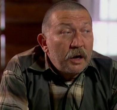 Dönmezer son olarak 2011 yılında Eylül filminde rol almıştı.