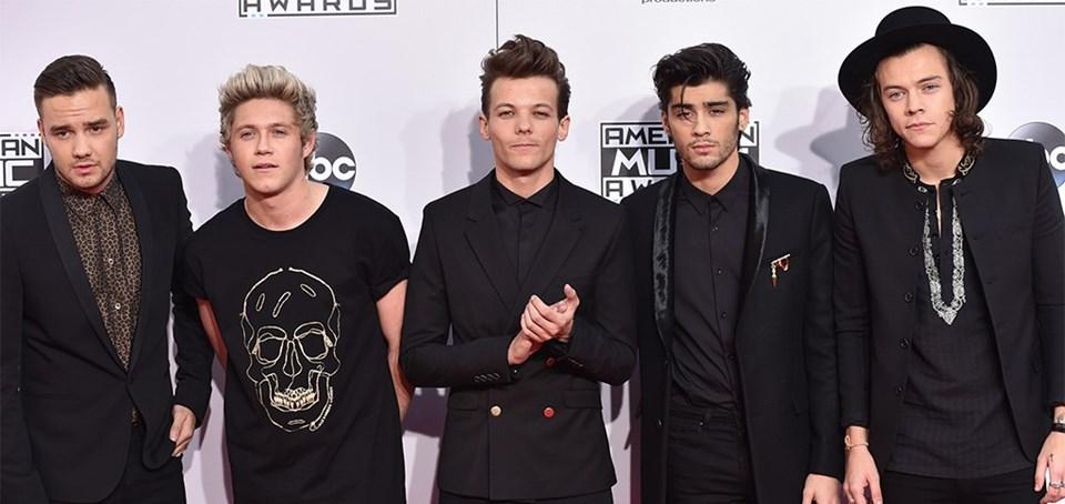 X Factor yarışmasından sonra dünyada özellikle genç kızlar arasında milyonlarla ifade edilen hayran kitlesine ulaşan ONE Direction grubu...