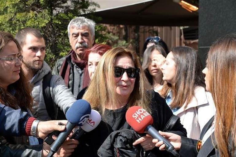 """Selma Kayabaş, """"24 yıldır beraberdik"""" dedi."""