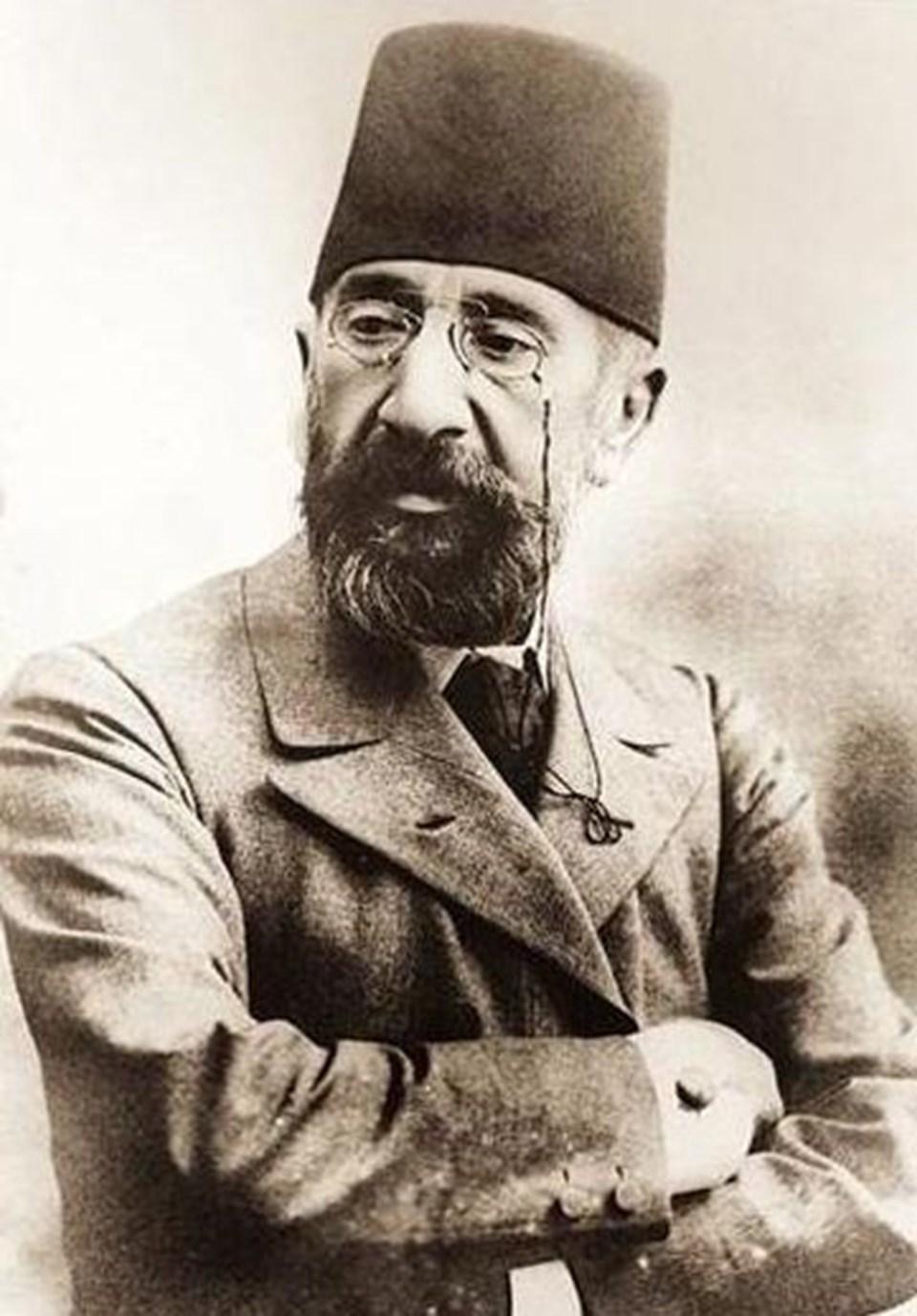 1842 doğumlu Osman Hamdi Bey Osmanlı arkeolog, müzeci, ressam ve Kadıköy'ün ilk belediye başkanıdır.