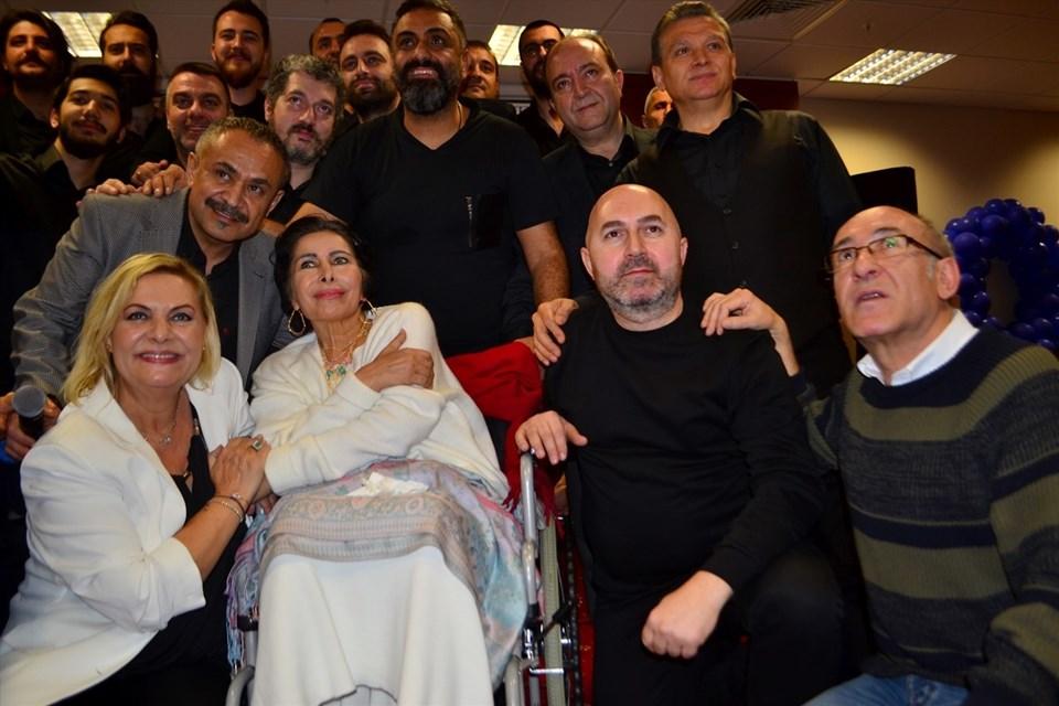 Bazı sanatçılar, Dünya Kanser Günü etkinlikleri kapsamında, halk müziği sanatçısı Nuray Hafiftaş'ın tedavi gördüğü hastanede konser vermişti.