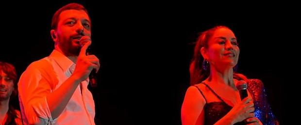 Sezen Aksu imzalı Allah'tan Kork Minik Serçe'nin doğum gününde sahnede