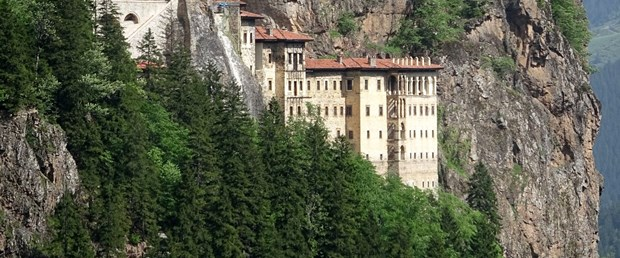 sumela-manastirina-yogun-ilgi_3242_dhaphoto2.jpg