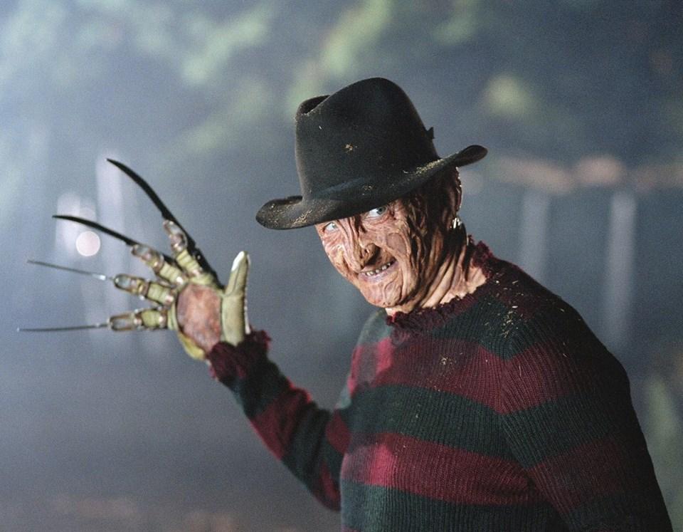 """""""A Nightmare on Elm Street"""" serisi Robert Englund'un hayat verdiği Freddy Krueger karakterini fenomen haline getirdi."""