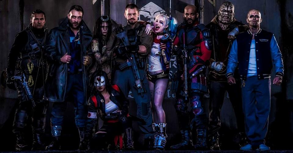 """5 Ağustos'ta Amerika dahil farklı ülkelerde gösterime giren film toplamda 267 milyon dolarlık hasılat ile Ağustos ayı açılış rekorunu kırdı. """"Suicide Squad"""" Türkiye'deki ilk hafta sonunda 262 bin 331 seyirciye ulaştı."""