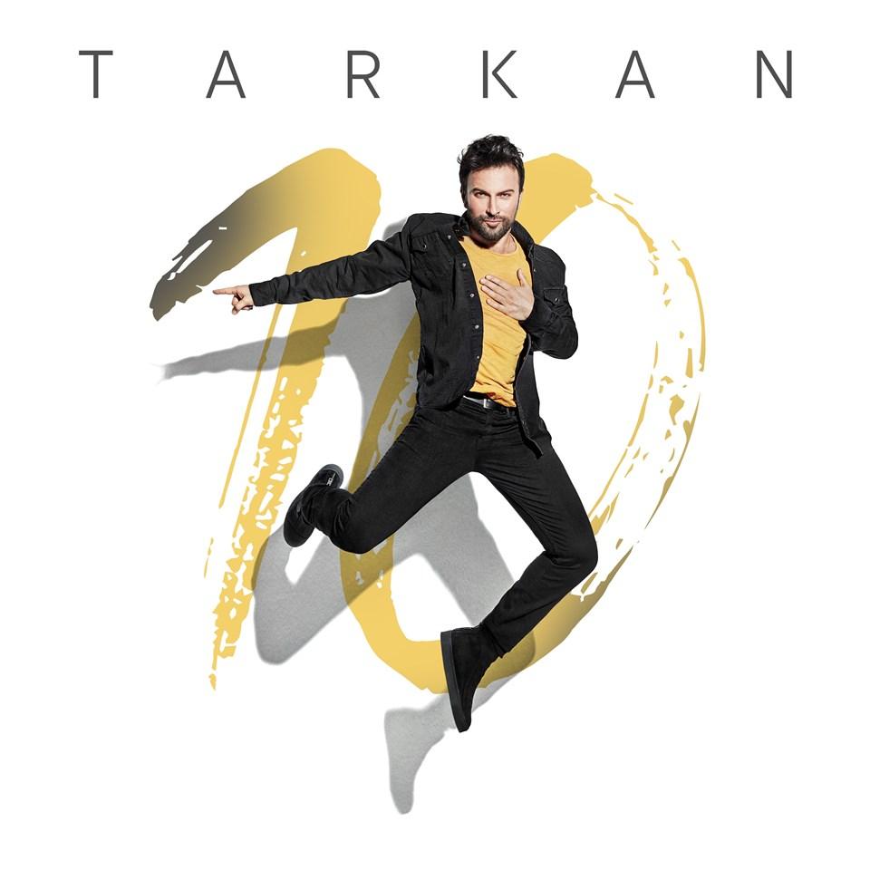 Tarkan'ın Harbiye Açıkhava Sahnesi'nde vereceği konserlerin ilk üçü satışa çıkar çıkmaz tükendi.
