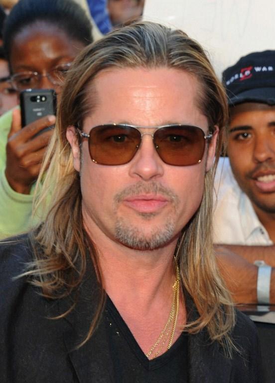 Times Meydanı'nda Brad Pitt izdihamı