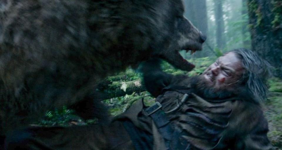 DiCaprio'nun The Revenant'taki ayı sahnesi.