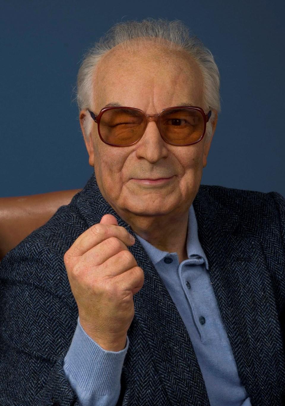 Anadolu efsanelerini dünyaya tanıtan Yaşar Kemal, 1990'lı yıllardaki haliyle tasvir edildi.