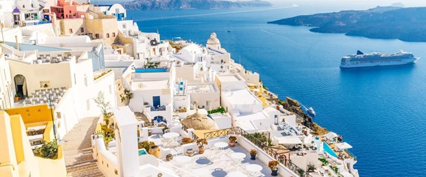 No-List-Santorini.jpg