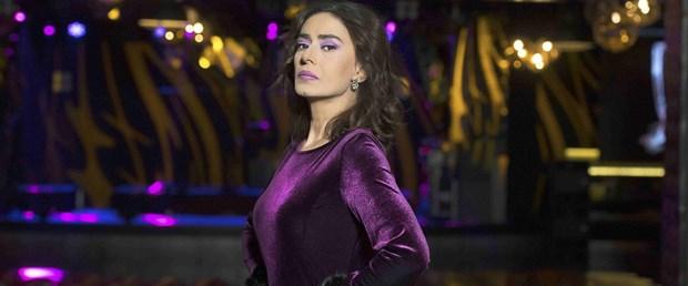 Yıldız Tilbe'nin 'Yıldızlı Şarkıları' çıktı (39 sanatçı)