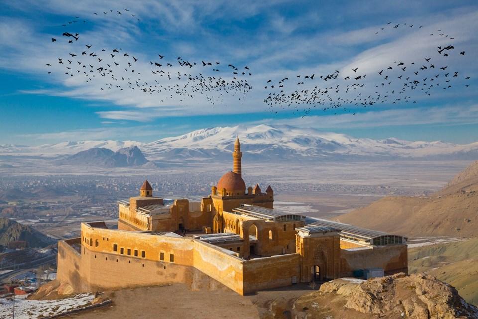 ishakpaşa sarayı, doğu beyazıt gezilecek yerler, ağrı gezilecek yerler, osmanlı sarayları