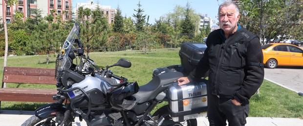 67-yasinda-motosikletle-81-ili-gezecek.jpg