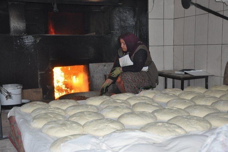 afyonkarahisar patatesli köy ekmeği, tescilli afyon patatesli köy ekmeği