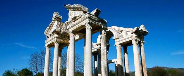 Afrodisias-antik-kenti-1.jpg