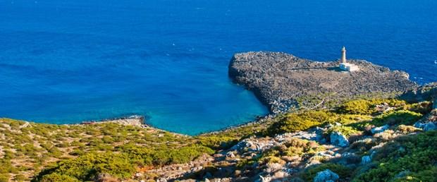 Yunan-Adası-iStock-925511848.jpg