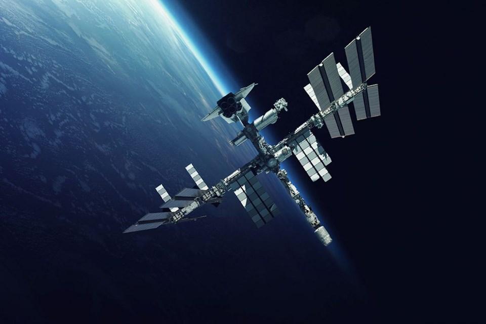 ay,ay'a yolculuk, NASA,SpaceX, uzay seyahati,uzay teknolojisi,uzay turizmi,uzaya yolculuk