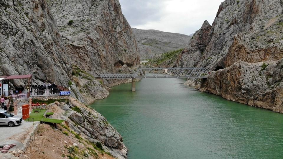 kemaliye zipline, karanlık kanyon, erzincan gezilecek yerler, fırat nehri