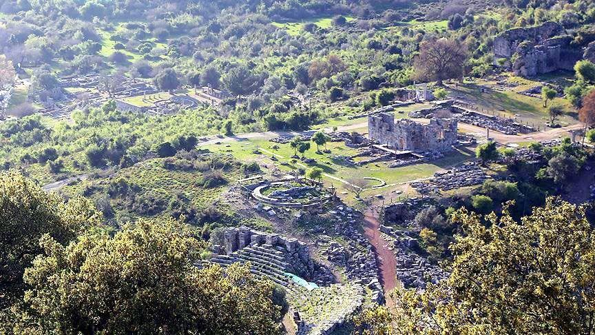 muğla kaunos antik kenti, kaunos kaya mezarları, kaunos kenti, kaunos ören yeri