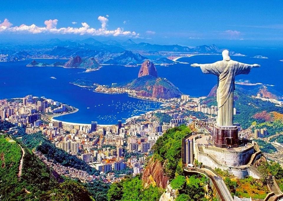erkekler için en iyi seyahat rotaları, gece hayatı ünlü şehirler, eğlenmek için en iyi şehirler