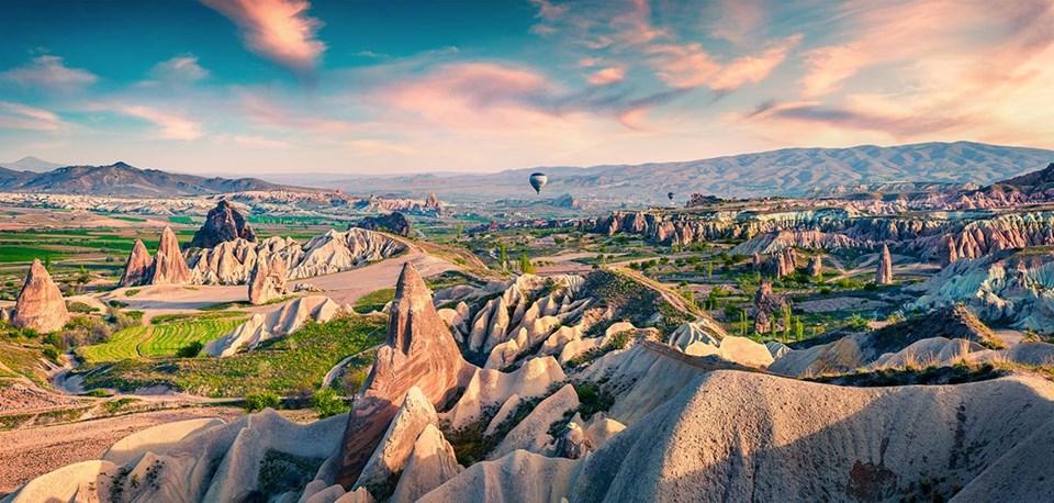 Kapadokya gezilecek yerler, kapadokya'da nerede kalınır, kapadokya alışveriş, Kapadokya müzeler, Kapadokya oteller, Kapadokya restoranlar, Kapadokya şarap, Kapadokya turizm, mağara oteller, uçhisar, Ürgüp