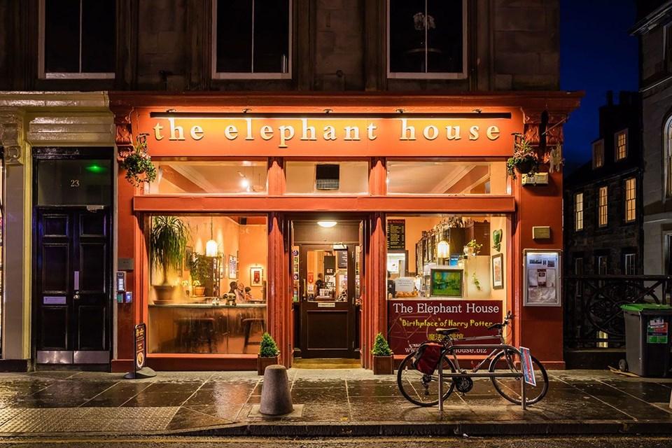 Hogwarts Express Cafe Istanbul Cafe