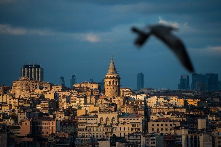 istanbulun en iyi turistik yerleri, istanbulda gezilecek yerler, mısır çarşısı, ayasofya cami, sultanahmet cami