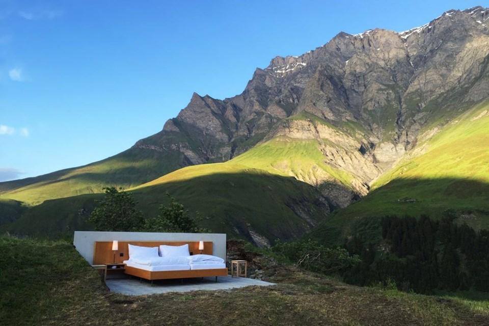null stern, duvarları ve tavanı olmayan otel, bol yıldızlı otel