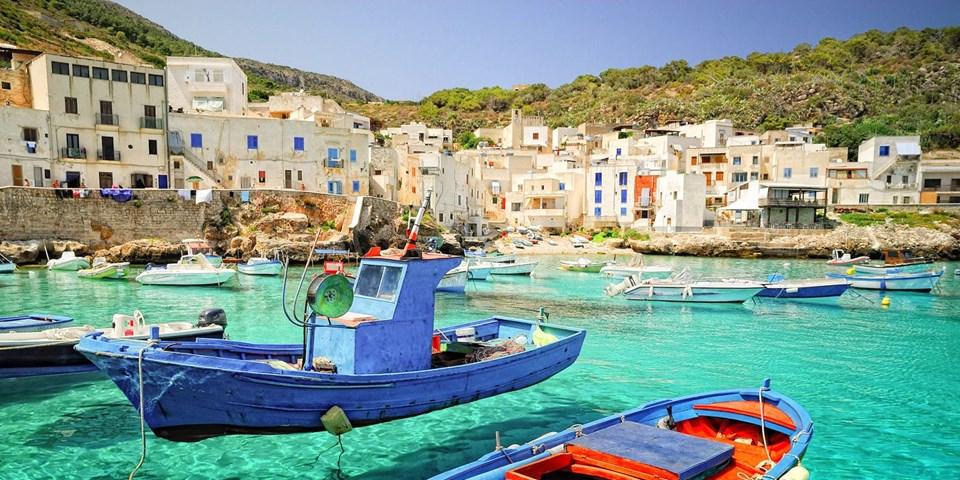 italya'nın en güzel sahil kasabaları, italya sahilleri, italya sahil kasabaları, italya plajları, cinque terre, levanzo, positano, camogli, cefalu, manarola, Polignano a Mare, portofino, praiano, ravello, sorrento, aci trezza, castelsardo