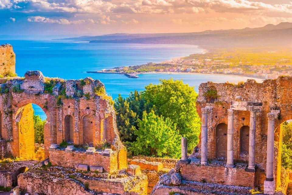 sicilya gezilecek yerler, taormina, sicilya rehberi, sicilya hakkında, italya tatili, sicilya rehber