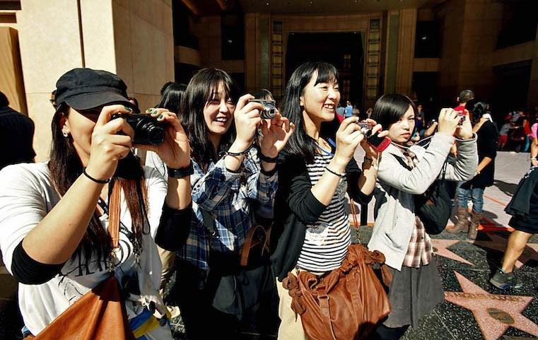 Gelir düzeyi yüksek olduğu için Japon turistler 'iyi para harcayan misafir' kategorisnde.
