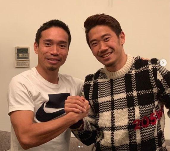 Galatasaraylı Yuto Nagatomo ve Beşiktaş'a gelen Kagawa, kahramanlara ihtiyaç duyan Japonlar için İstanbul'un turizmdeki yeni markaları olabilir.