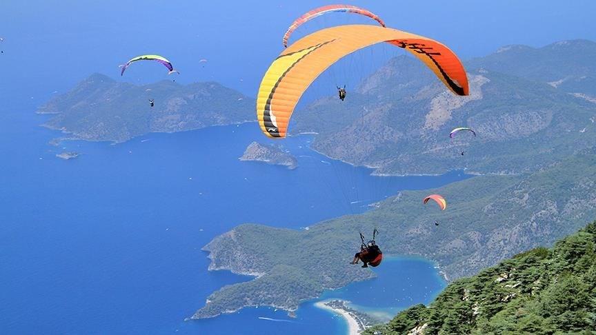 ölüdeniz, fethiye, turist, akrobasi pilotu, paraşüt, yamaç paraşütü, yamaç paraşütü merkezleri