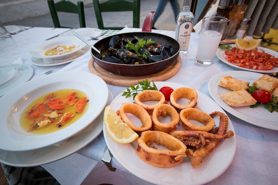 Yunan adalarını aratmayan lezzetler bu yazMano's D Maris Bay'de