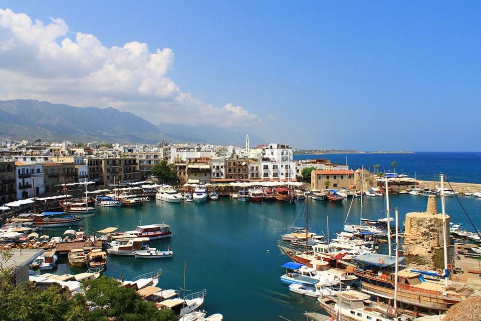 kıbrıs rehberi, kıbrıs gezi rehberi, kıbrıs gezilecek yerler, st. hillarion kalesi, girne limanı, kıbrıs eğlence, kıbrıs plajlar