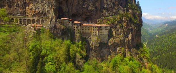 Trabzon-Sumela-Manastiri-iStock-886575126.jpg