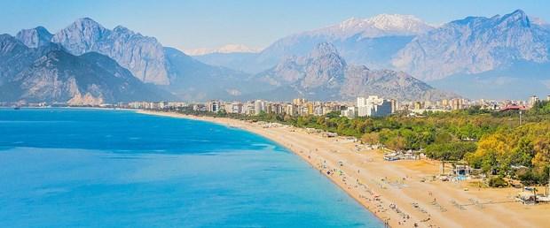 Antalya-Konyaalti-Beach.jpg
