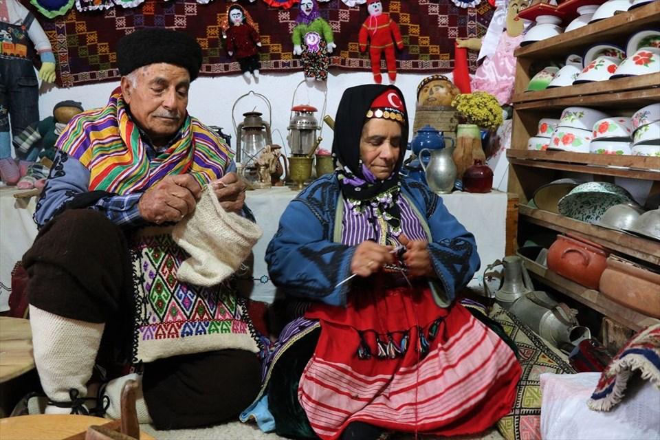 Yoruk culture, Havva Kocak, Hasan Kocak, nomad house