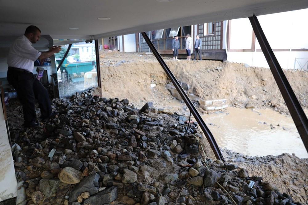 Rize'de sel ve heyelan afetinin hasarı gün ağarınca ortaya çıktı - 13