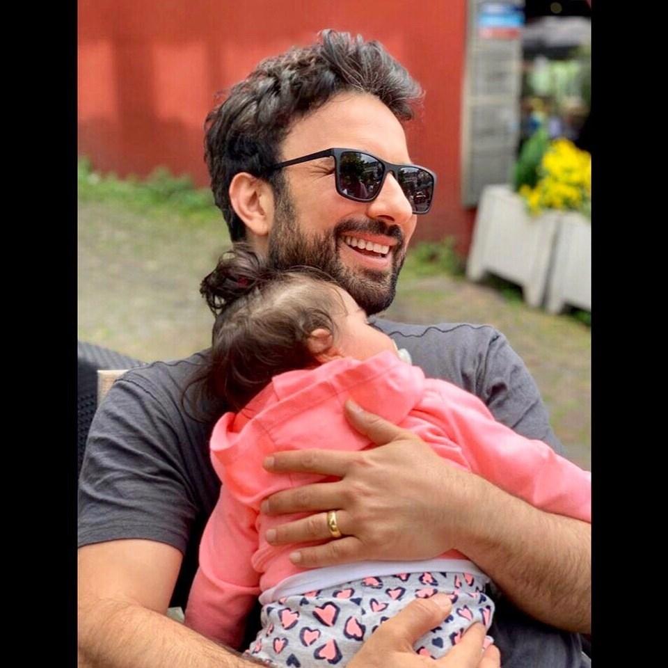 Tarkan'ın kızı Liya ile Babalar Günü paylaşımı