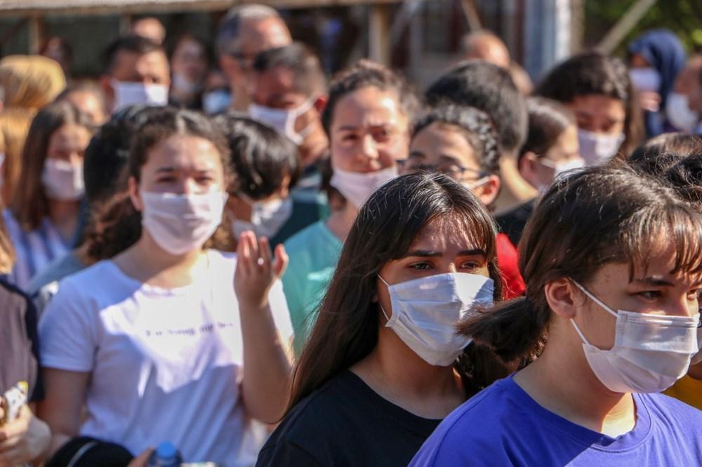 LGS stresi corona virüs önlemlerini unutturdu (Maskesiz, sosyal mesafesiz) - 6