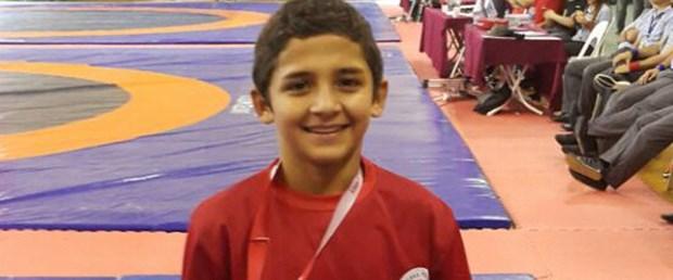 13 yaşındaki şampiyon.jpg