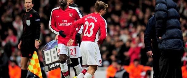 Arsenal'de Arshavin şoku